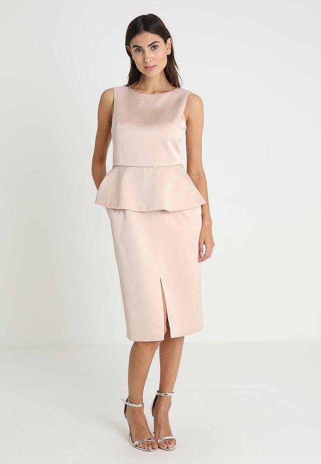 DRESS WITH PEPLUM - Vestito elegante - powder
