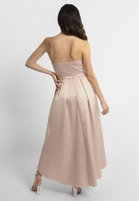 Apart - DRESS - Robe de cocktail - powder - 2