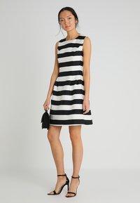 Apart - STRIPED DRESS - Robe de soirée - black/cream - 1
