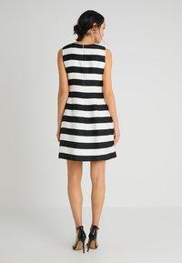 Apart - STRIPED DRESS - Robe de soirée - black/cream - 2
