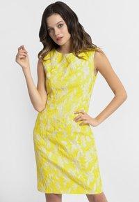 Apart - APART - Robe d'été - yellow - 0