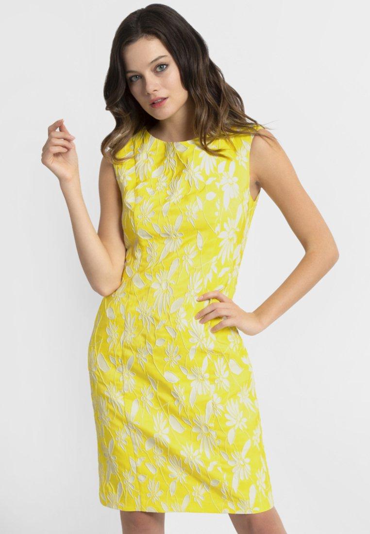 Apart - APART - Robe d'été - yellow