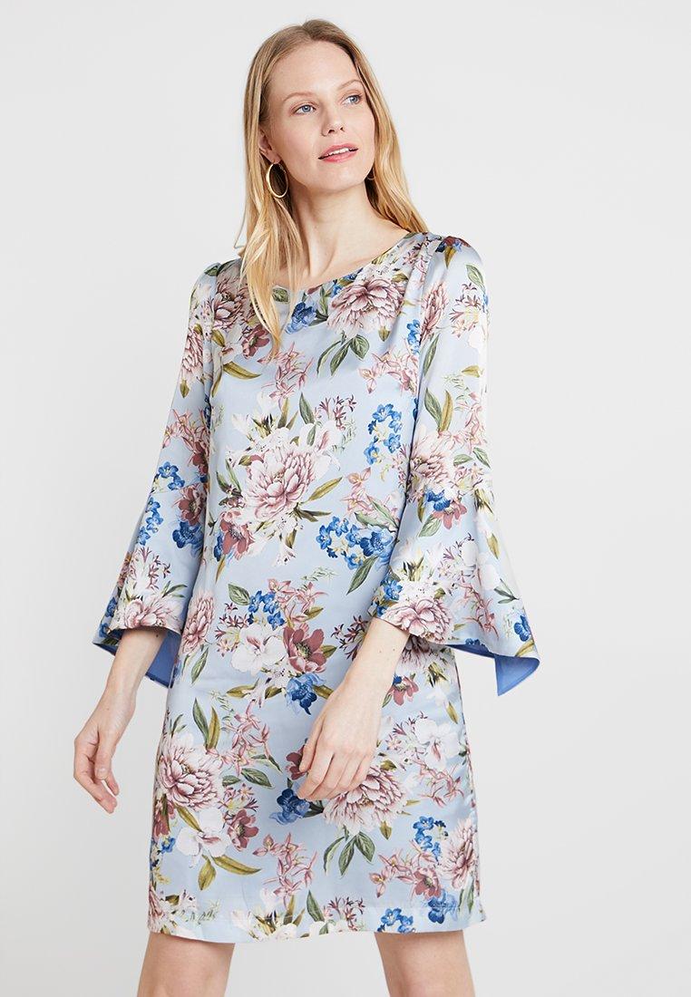 Apart - PRINTED DRESS - Korte jurk - light blue