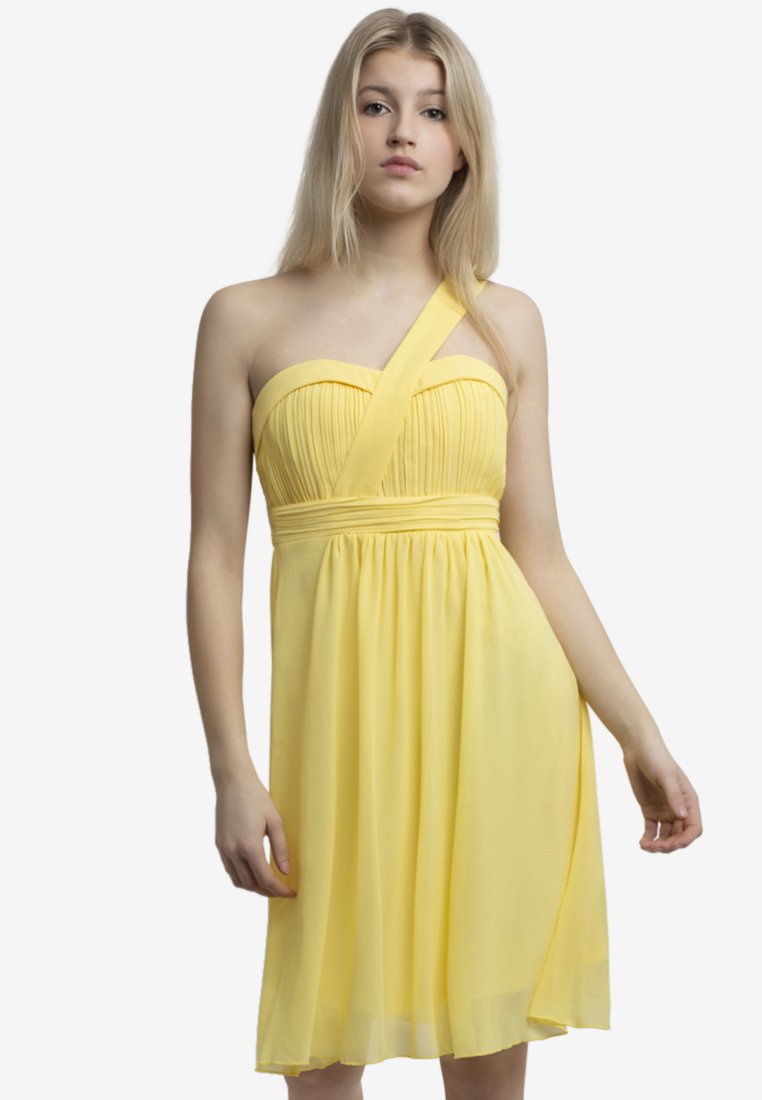 Apart - Vestido de cóctel - yellow