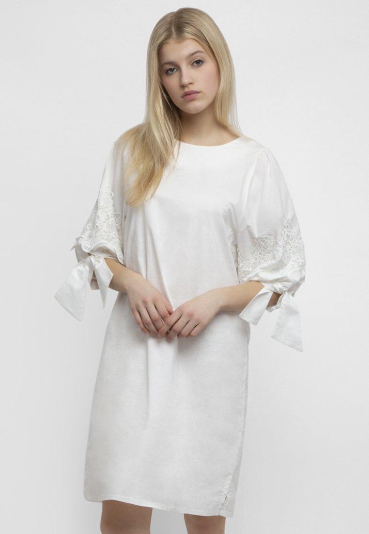Apart Apart EstivoBianco White Vestito Apart EstivoBianco Vestito White 8w0nOPkX
