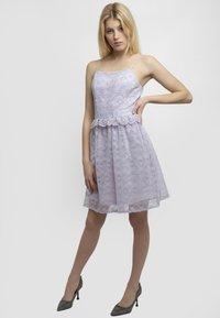 Apart - Robe de soirée - lilac - 1