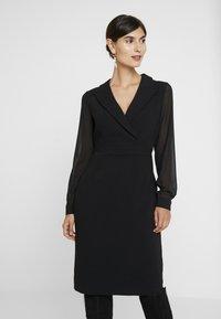 Apart - DRESS - Robe fourreau - black - 0