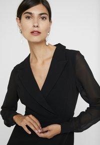 Apart - DRESS - Robe fourreau - black - 5