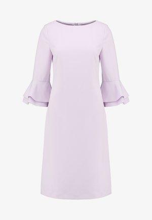 DRESS WITH VOLANTS - Robe d'été - lavender