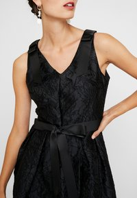 Apart - DRESS WITH BOW - Robe de soirée - black - 5