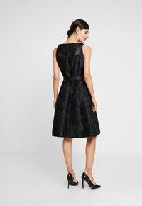 Apart - DRESS WITH BOW - Robe de soirée - black - 3