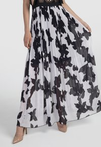 Apart - Sukienka koktajlowa - black/cream - 3