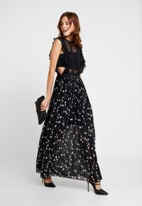 Apart - Robe de soirée - black/multicolor - 2