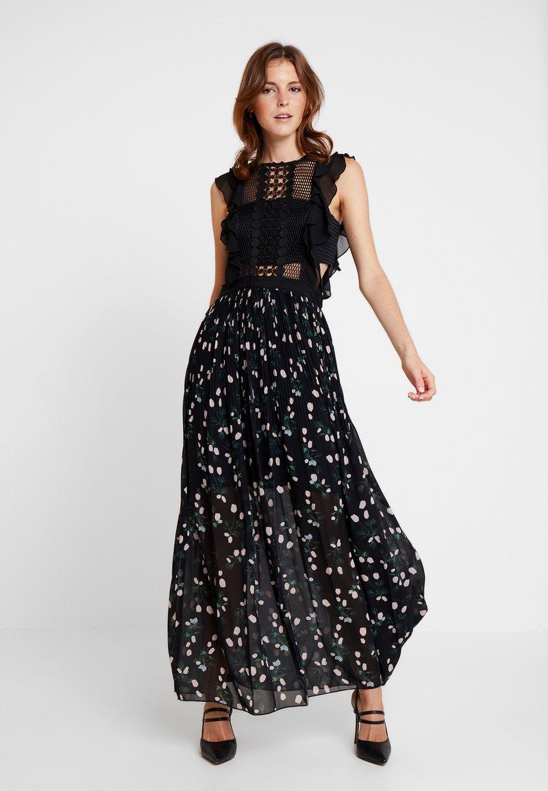 Apart - PRINTED DRESS - Cocktail dress / Party dress - black/multicolor