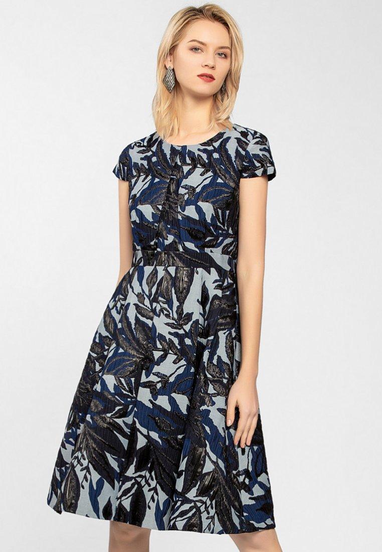 Apart - Sukienka koktajlowa - dark blue