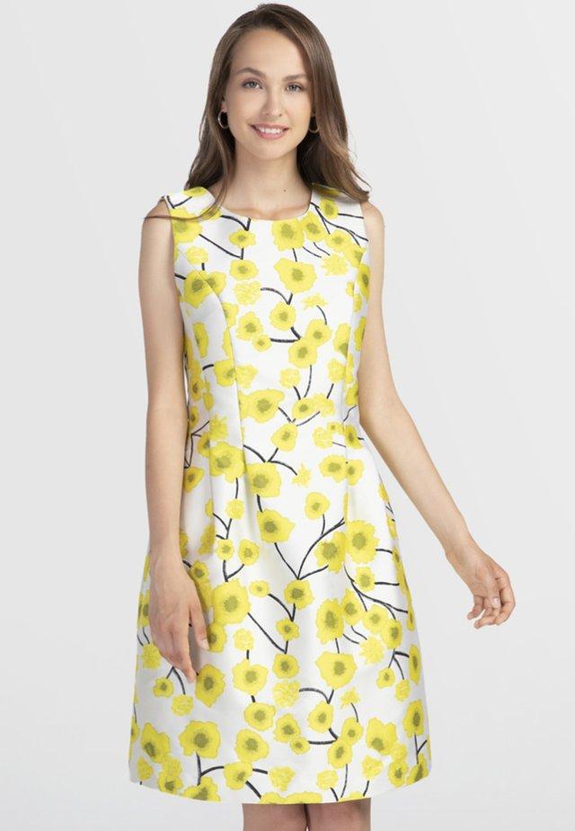 Robe d'été - cream yellow