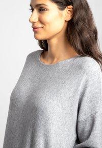 Apart - Robe pull - grey - 3