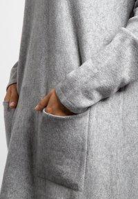 Apart - Robe pull - grey - 4