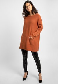 Apart - Robe pull - brown - 1