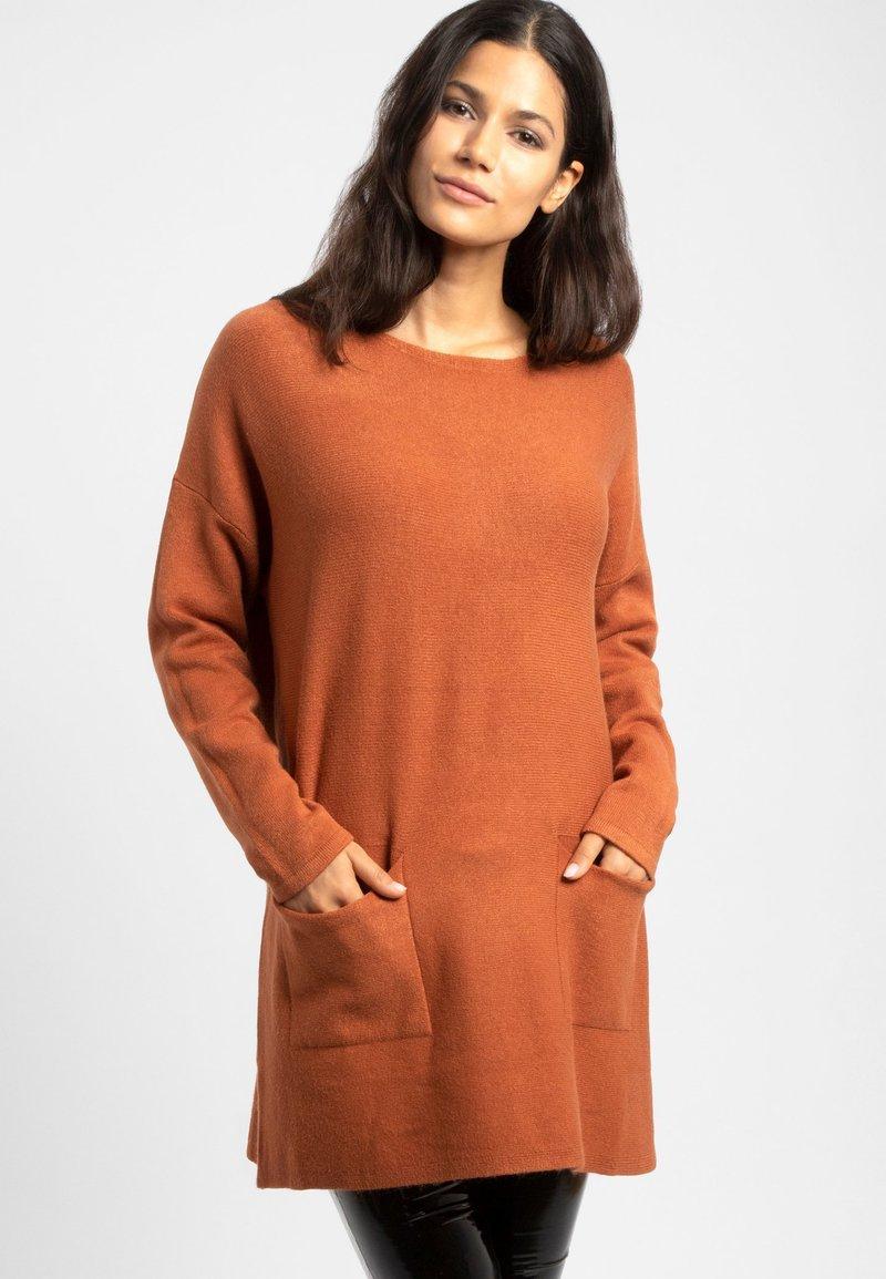 Apart - Robe pull - brown