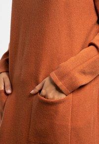 Apart - Robe pull - brown - 4