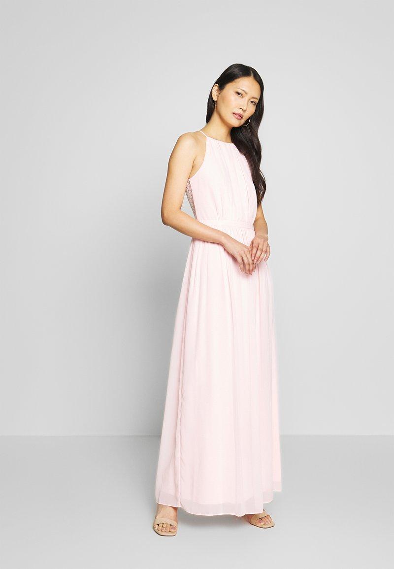 Apart - DRESS - Společenské šaty - powder