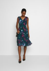 Apart - EMBROIDERED DRESS - Robe de soirée - petrol/multicolor - 1