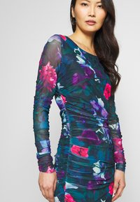 Apart - PRINTED DRESS - Robe en jersey - petrol/multi-coloured - 3