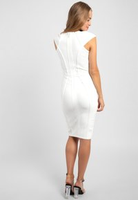 Apart - Robe fourreau - creme - 2