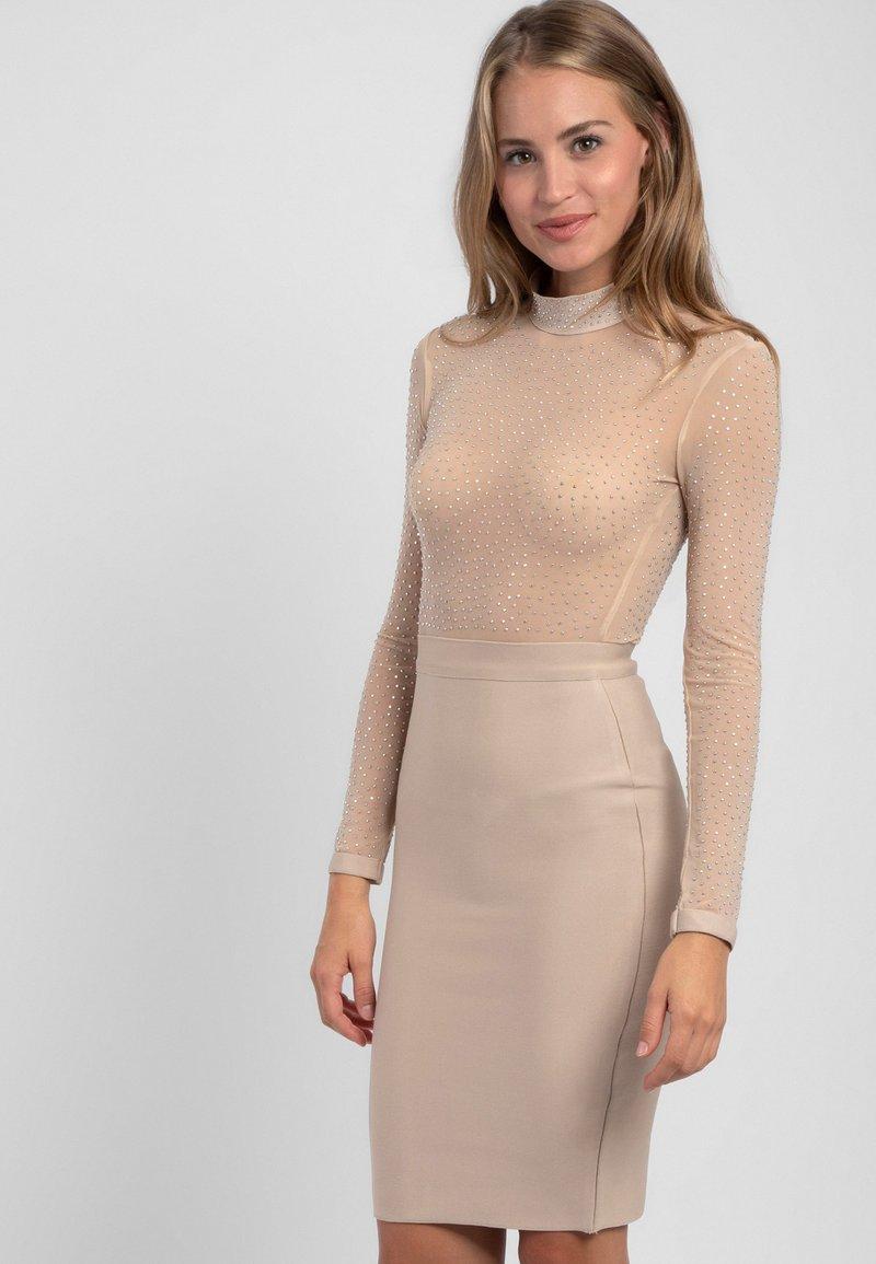 Apart - Sukienka koktajlowa - beige