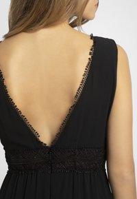 Apart - Robe longue - black - 3