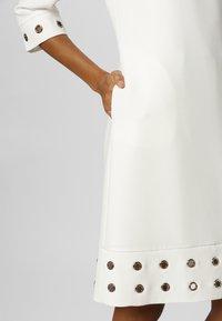Apart - SOMMER - Robe d'été - white - 4