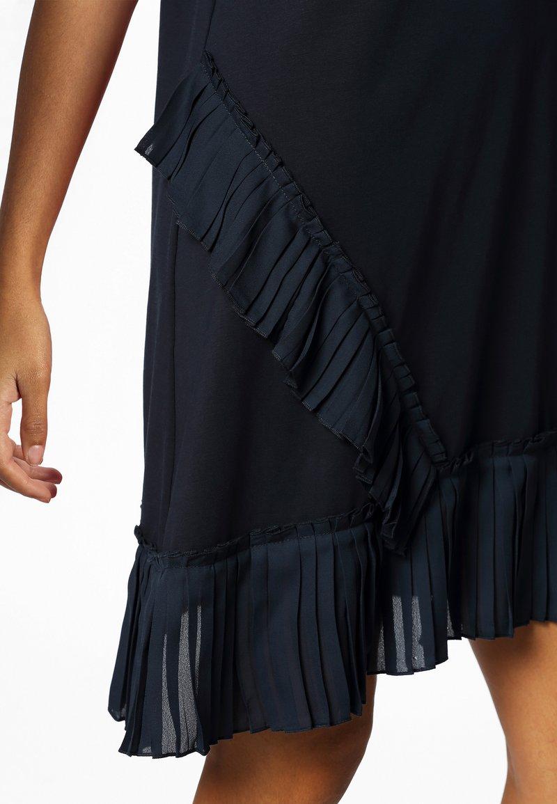 Apart - Denní šaty - midnightblue