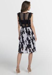 Apart - Vestito elegante - black/cream - 2
