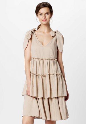 DRESS - Denní šaty - nude