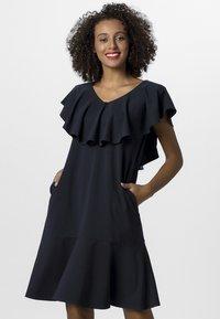 Apart - DRESS WITH VOLANTS - Denní šaty - midnightblue - 0