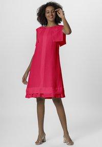 Apart - DRESS - Sukienka letnia - pink - 1