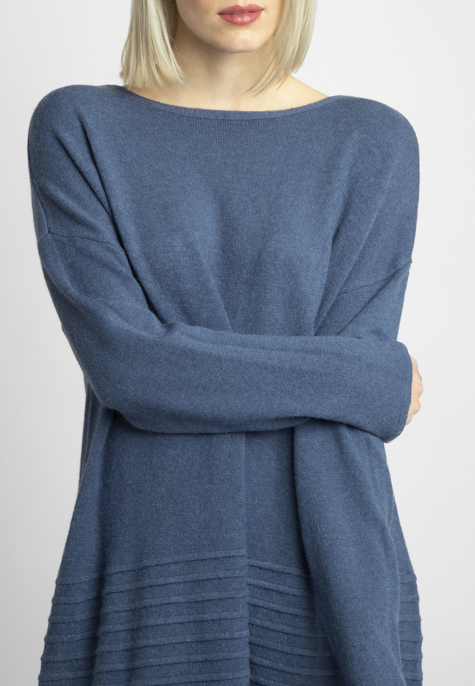 Apart Sukienka dzianinowa - blue