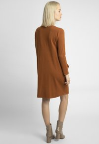 Apart - Jumper dress - caramel - 2