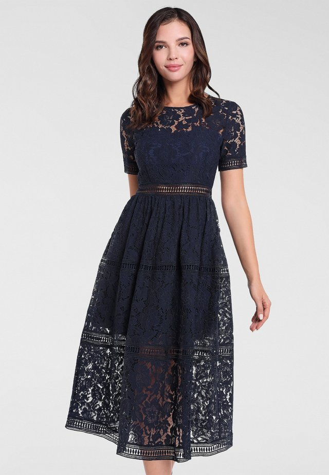 Sukienka koktajlowa - nachtblau