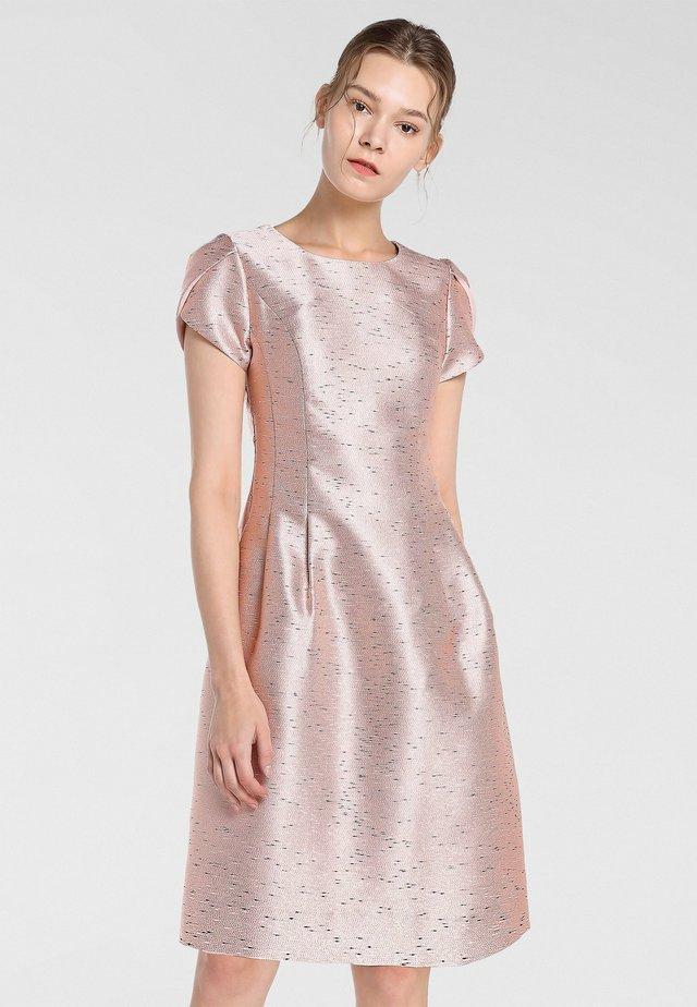 Sukienka koktajlowa - puder-multicolor