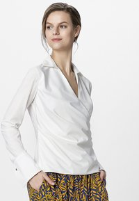Apart - BLOUSE - Blouse - cream - 0
