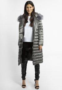 Apart - Winterjas - metallic grey - 1