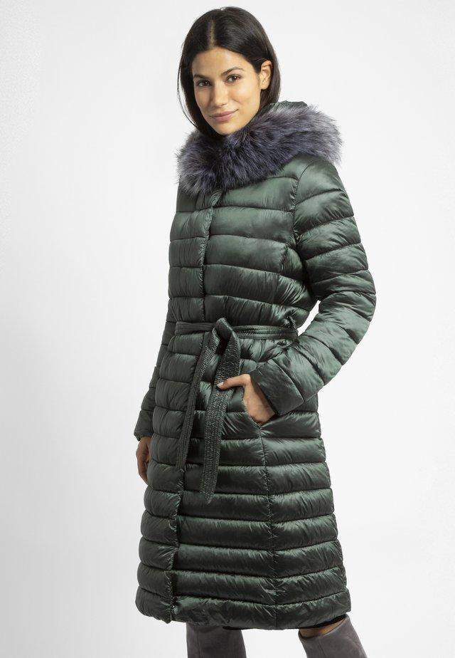 Płaszcz zimowy - olive metallic