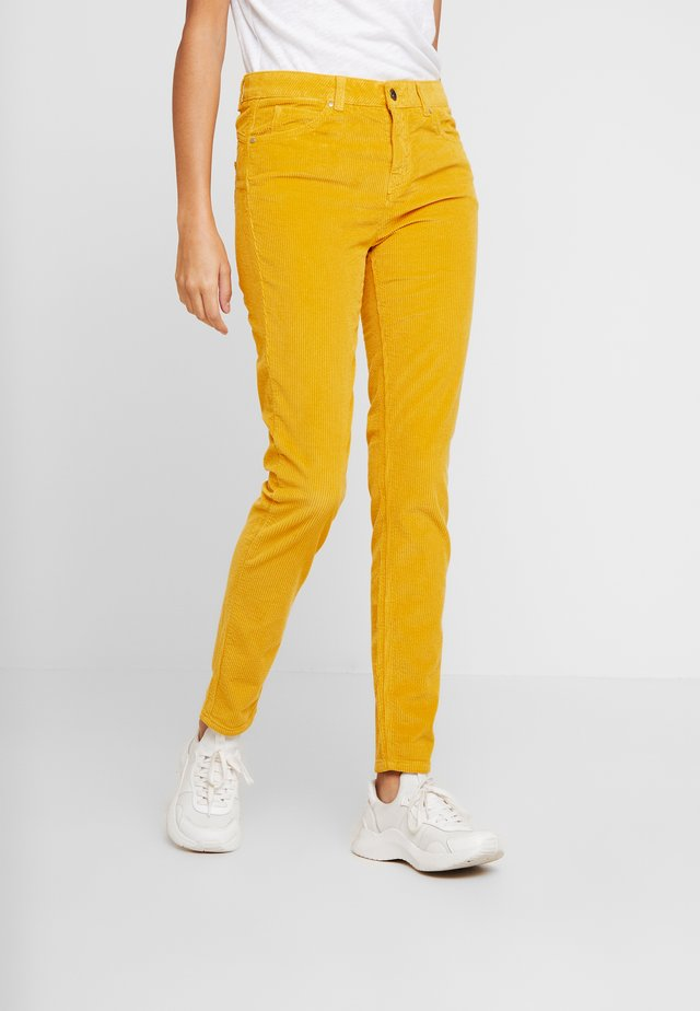 TROUSER - Stoffhose - mustard yellow