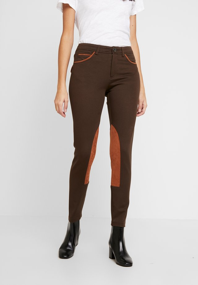 RIDER PANTS - Stoffhose - brown