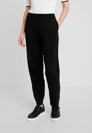 EASY PANTS - Spodnie materiałowe - black