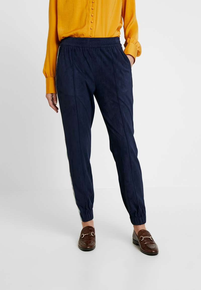 Benetton - JOGGER WITH SIDE TAPE - Träningsbyxor - navy