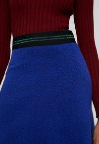 Benetton - FLARED SKIRT - A-linjekjol - blue - 4