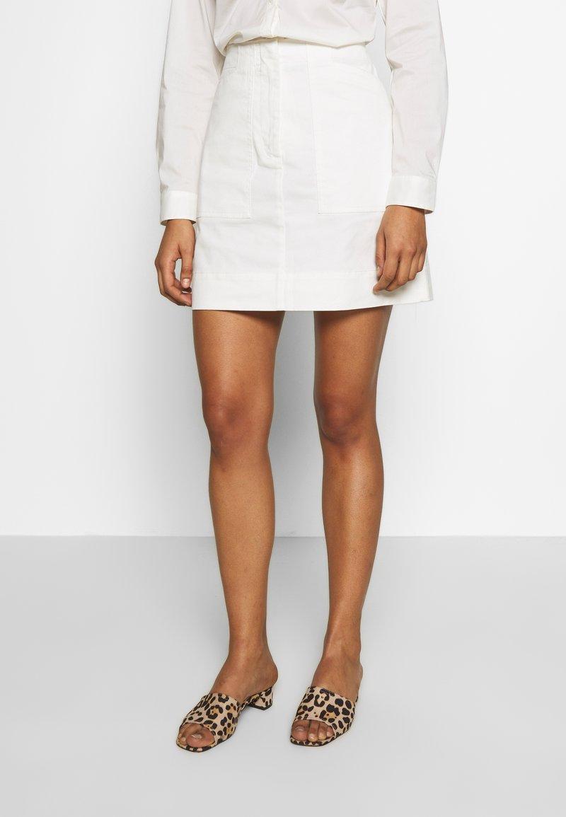 Benetton - SKIRT - Áčková sukně - white